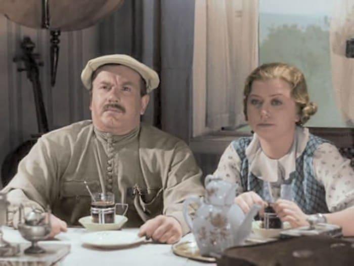 Мария Миронова в фильме *Волга-Волга*, 1938   Фото: kino-teatr.ru