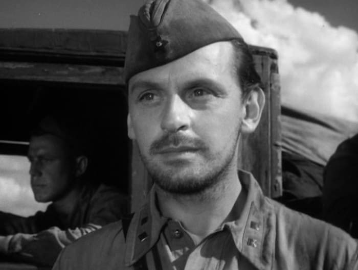 Всеволод Сафонов в фильме *Солдаты*, 1956   Фото: kino-teatr.ru