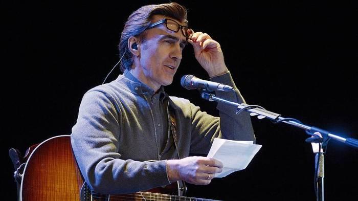 Вячеслав Бутусов на сцене | Фото: kommersant.ru