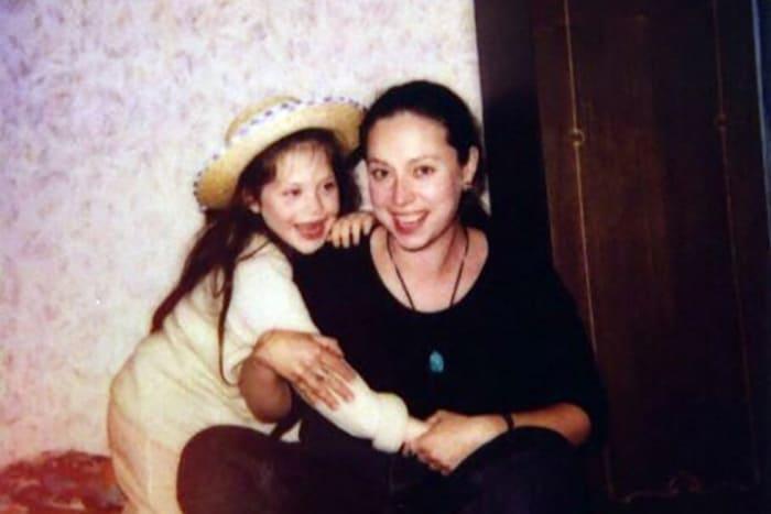 Первая жена и дочь актера | Фото: pic-words.com