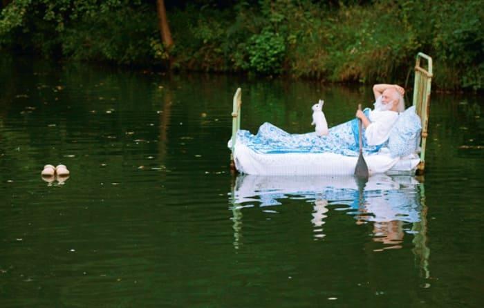 Вячеслав Полунин в своем французском *Чудесаде* | Фото: sobaka.ru