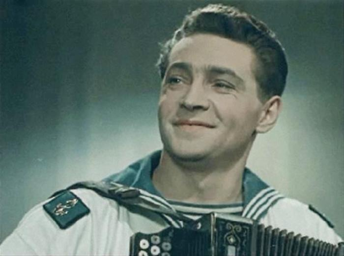 Кадр из фильма *Звезды на крыльях*, 1955 | Фото: kino-teatr.ru