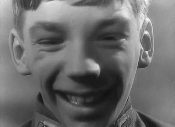 Слава Царев в фильме *Короткие истории*, 1963 | Фото: kino-teatr.ru