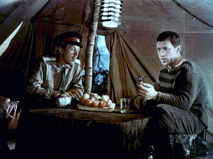 В. Золотухин и В. Высоцкий в фильме *Хозяин тайги*, 1968 | Фото: himaan.ru