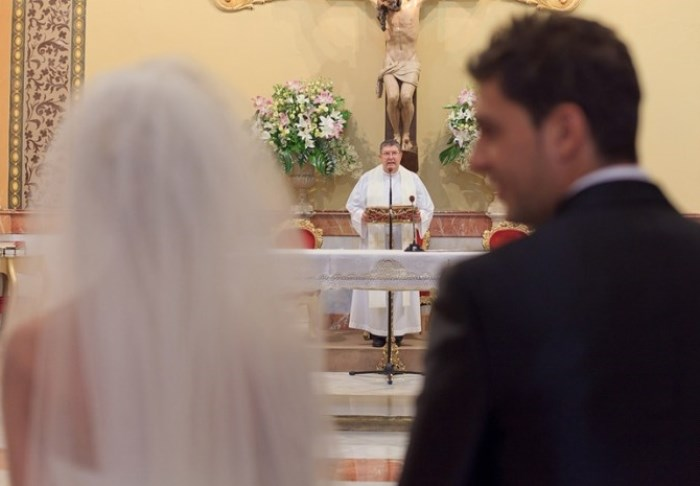 Для некоторых людей бракосочетание становится привычкой и делом принципа | Фото: ink.inforesist.org