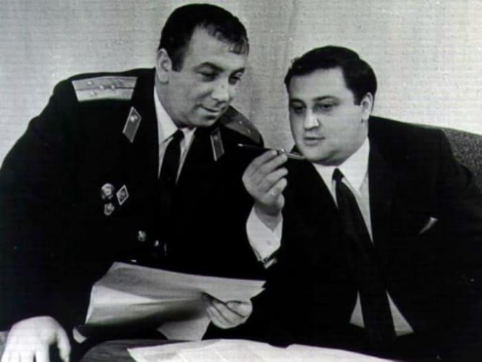 Аркадий и Георгий Вайнеры | Фото: peoples.ru