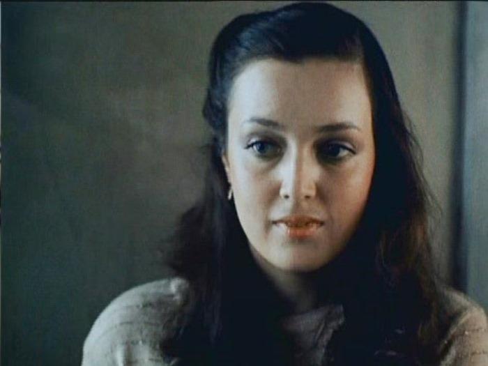 Светлана Аманова в фильме *Зимний вечер в Гаграх*, 1985 | Фото: kino-teatr.ru