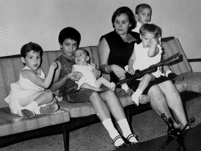 Алеида Марч с детьми | Фото: istpravda.ru