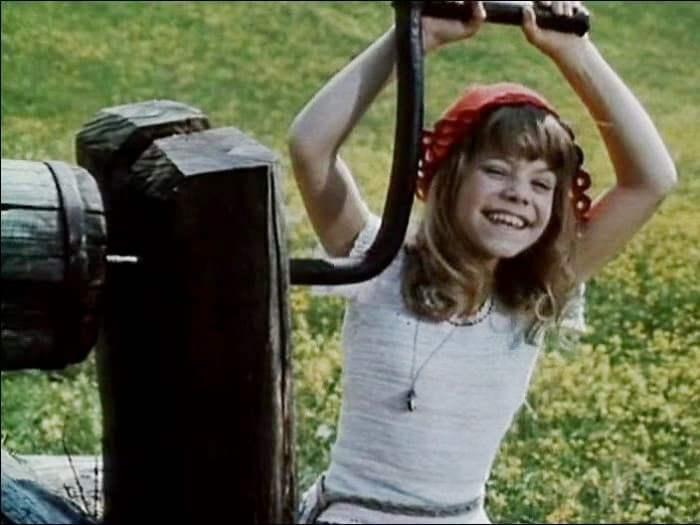 Яна Поплавская в роли Красной Шапочки, 1977 | Фото: investxp.ru