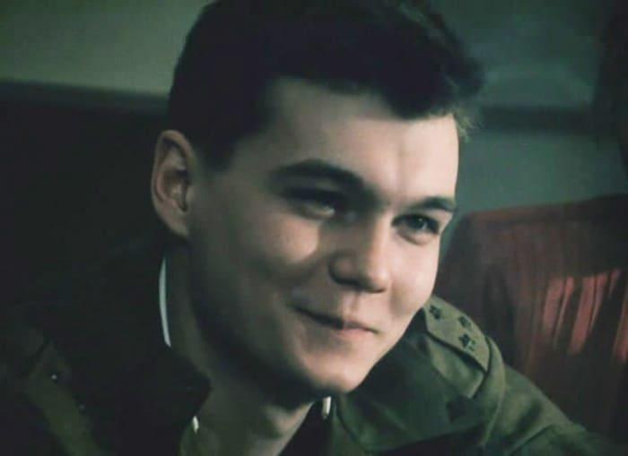 Филипп Янковский в фильме *Афганский излом*, 1991   Фото: kino-teatr.ru