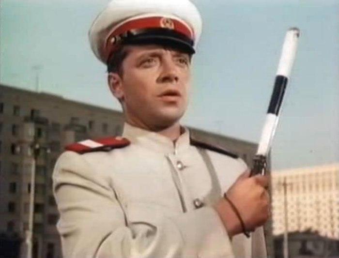Юрий Белов в фильме *Человек ниоткуда*, 1961   Фото: kino-teatr.ru