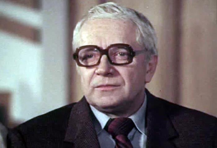 Юрий Белов в фильме *Вот такие чудеса*, 1982 | Фото: kino-teatr.ru
