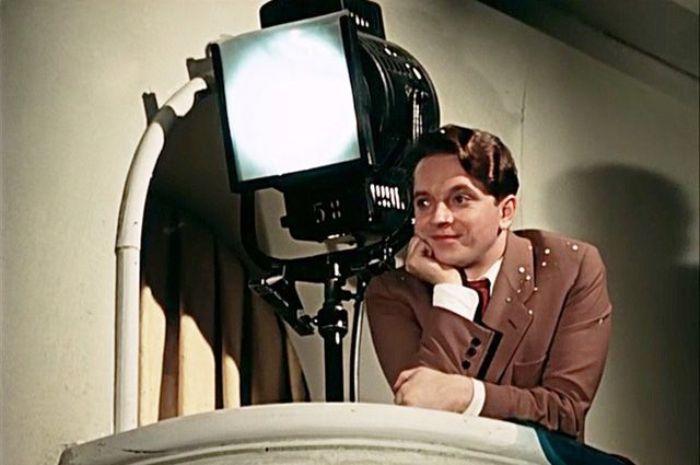 Юрий Белов в фильме *Карнавальная ночь*, 1956   Фото: aif.ru