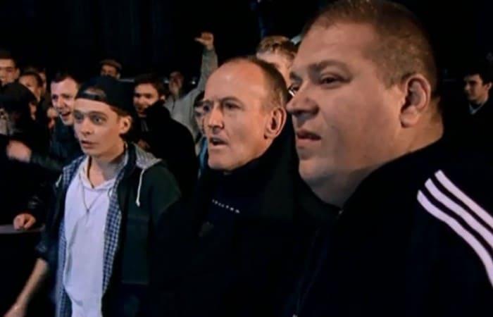 Юрий Думчев в сериале *Бригада*, 2002 | Фото: ru.kinorium.com