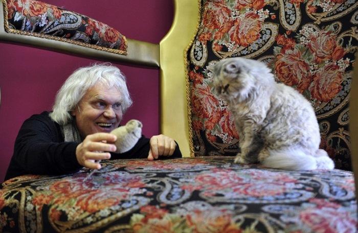 Основатель *Театра кошек* Юрий Куклачев | Фото: udivitelno.com