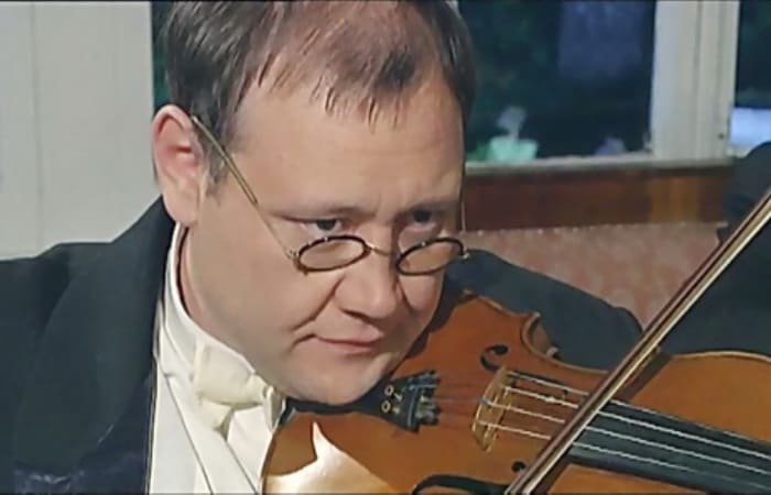 Кадр из фильма *Ленинградец*, 2006   Фото: kino-teatr.ru