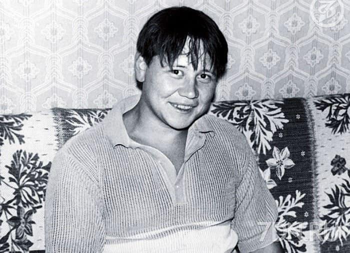 Актер в юности   Фото: kino-teatr.ru