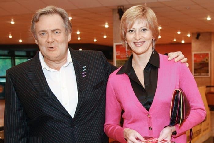 Артист с третьей женой Еленой   Фото: wellnesso.ru