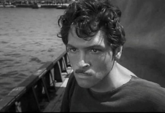 Дебютная роль актера в фильме *Ловцы губок*, 1960   Фото: kino-teatr.ru