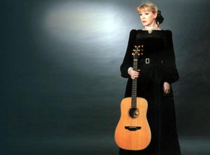 Исполнительница романсов и баллад, народных и религиозных песен | Фото: actionlist.ru