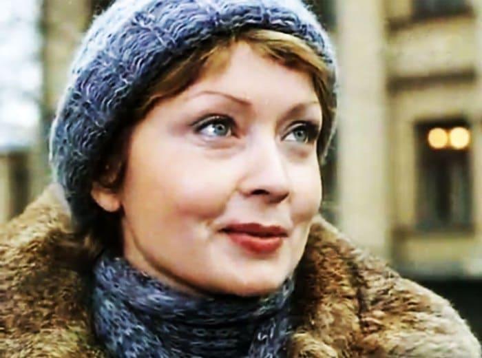 Жанна Болотова в фильме *Опасный возраст*, 1981 | Фото: kino-teatr.ru