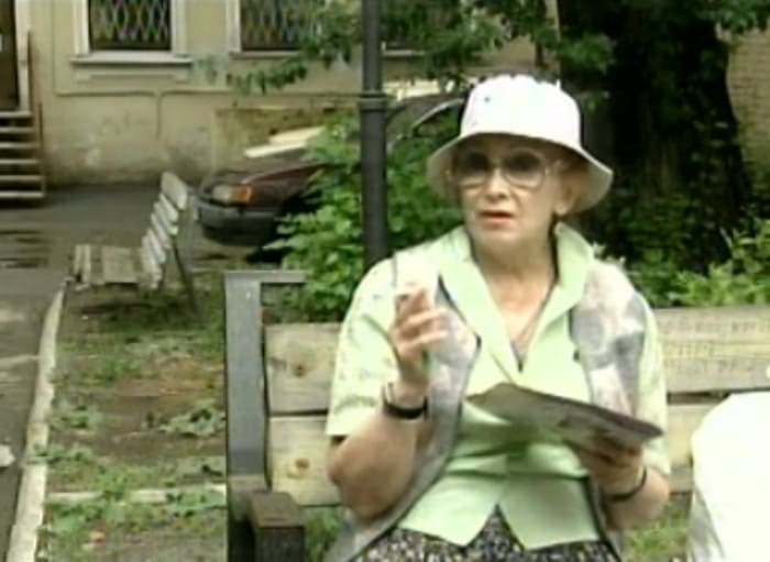 Жанна Сухопольская в сериале *Улицы разбитых фонарей-7*, 2005 | Фото: kino-teatr.ru