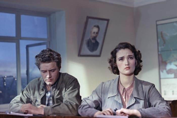 Кадр из фильма *Поэма о море*, 1958 | Фото: rg.ru