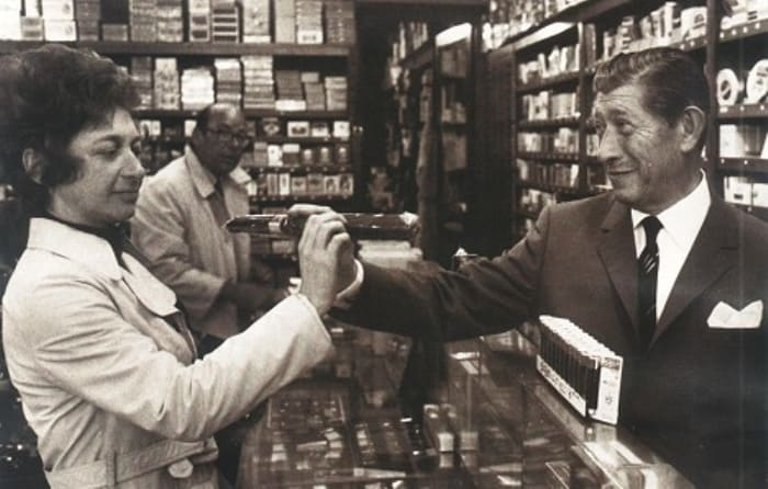 *Продавец хорошей жизни* Зино Давидофф | Фото: izbrannoe.com