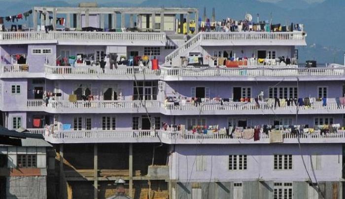 Дом, в котором живет самая многочисленная семья в мире