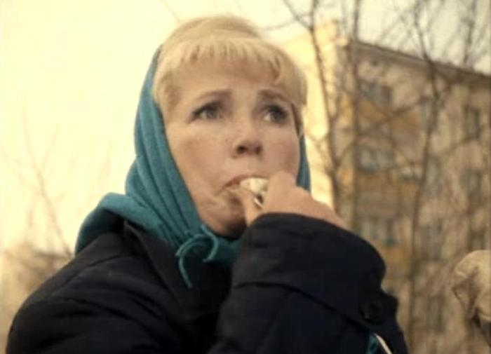 Зоя Василькова в фильме *Джентльмены удачи*, 1971 | Фото: kino-teatr.ru