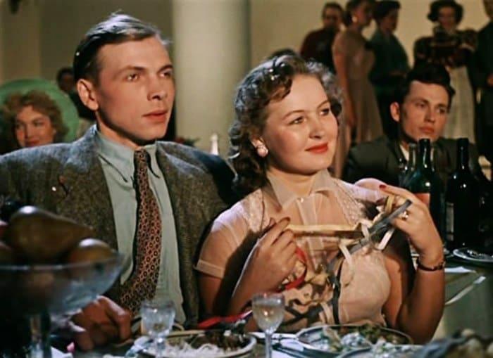 Зоя Зелинская в фильме *Карнавальная ночь*, 1956 | Фото: kino-teatr.ru