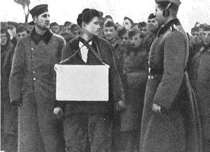 Зоя Космодемьянская перед казнью | Фото: chtoby-pomnili.com