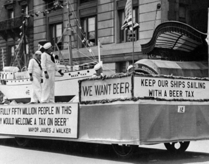 Демонстрация в Нью-Йорке, 1932 г. Мы хотим пива!