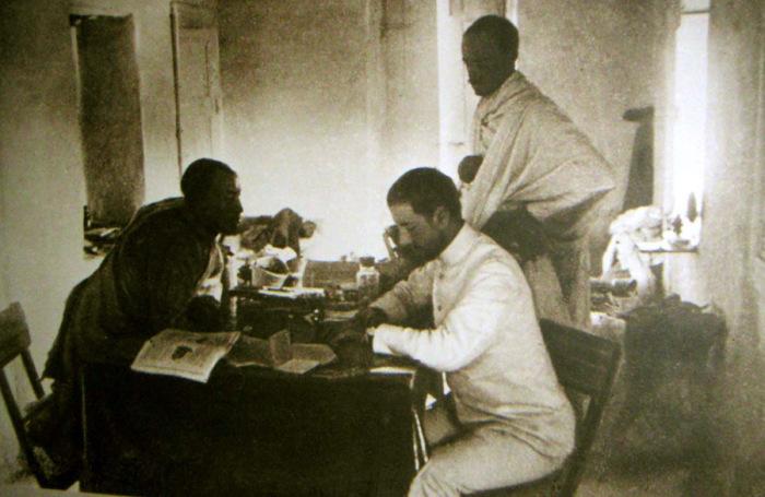 Николай Гумилёв во время второго путешествия по Африке.