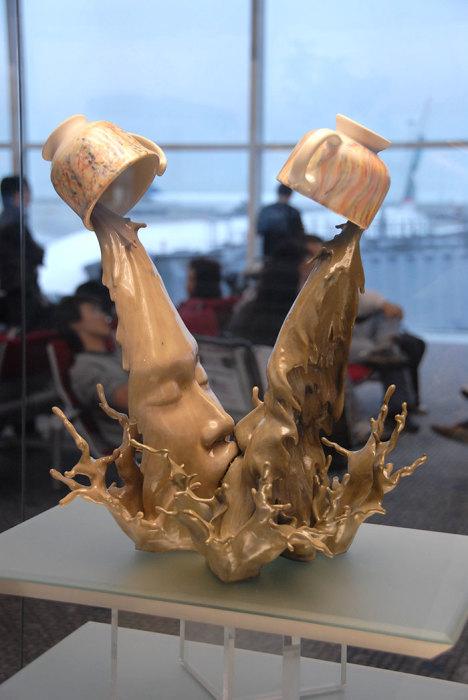 Смелая скульптура Джонсона Цанга.