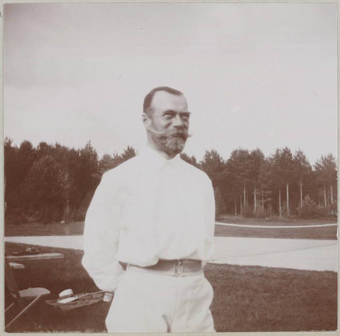 Император Всероссийский, Царь Польский и Великий Князь Финляндский.