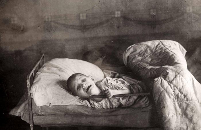 Щемящие фотографии, сделанные во время Гражданской войны в России.
