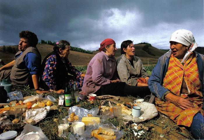 Женщины на пикнике. СССР, 1974 год.