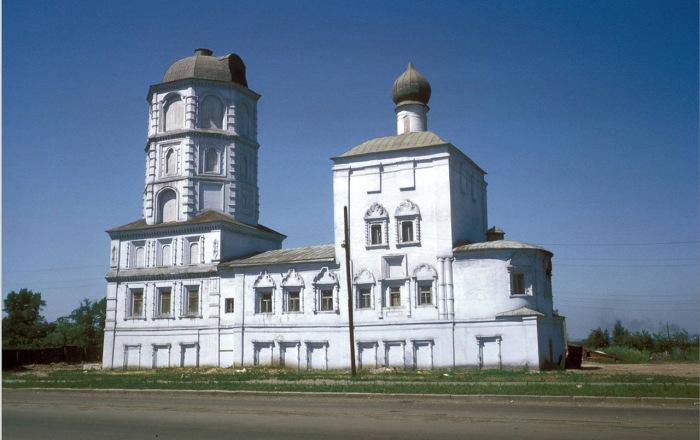 Спасская церковь в Иркутске.