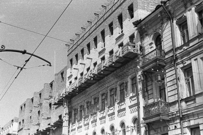 Реставрация и достройка жилого дома в Москве.