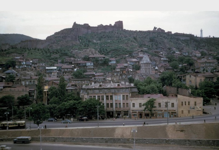Вид на город и крепость Нарикала. Тбилиси, 1964 год.