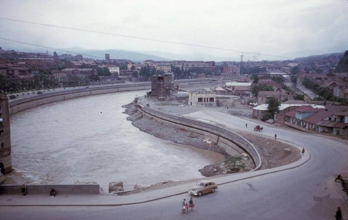 Вид на город и реку Кура. Тбилиси, 1964 год.