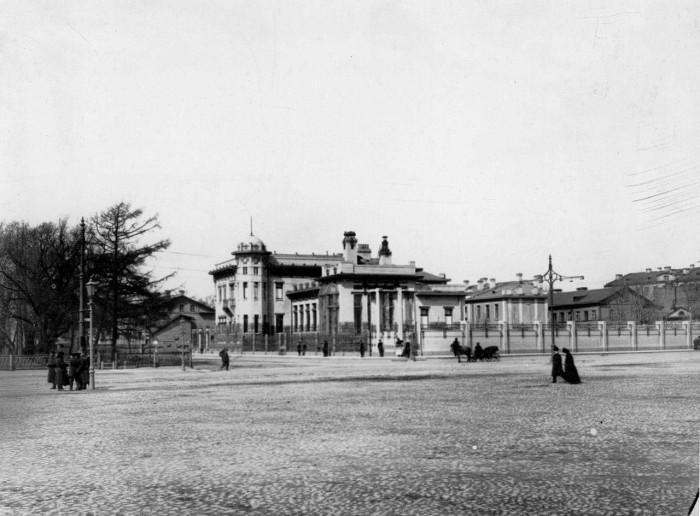Общий вид на особняк Кшесинской Матильды Феликсовны.