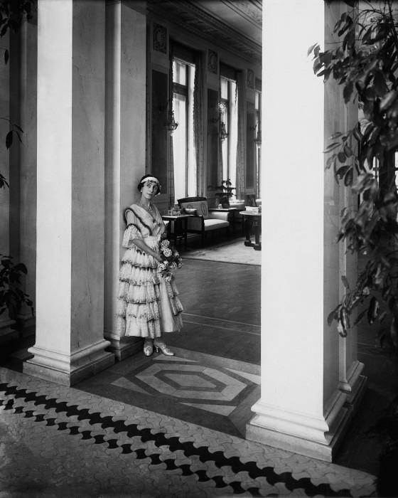 Кшесинская Матильда Феликсовна в своём особняке.