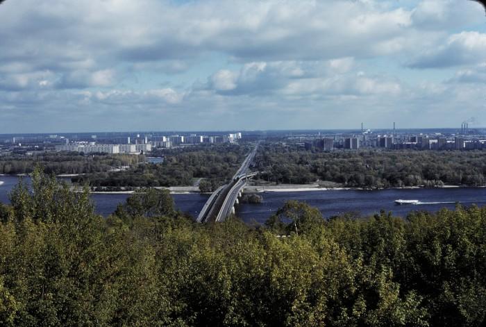 Днепр с Труханова острова и парковый мост.