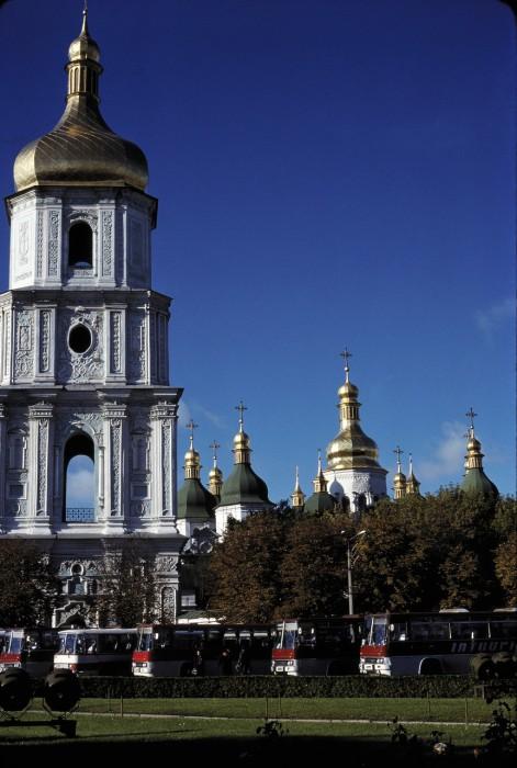 Софийский собор и колокольня 18 века.