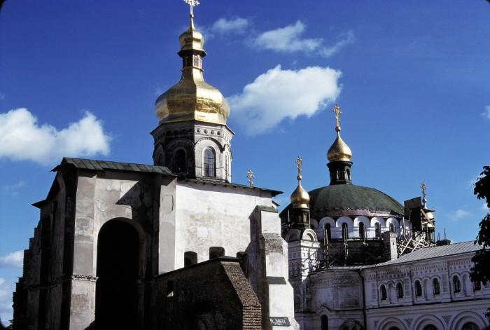 Успенский монастырь в Киеве.