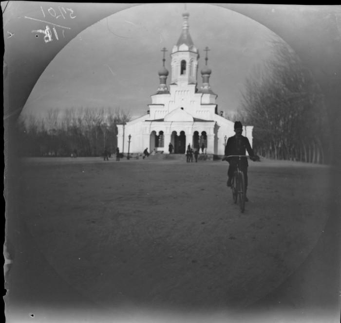 Православная церковь в русском квартале города Самарканд.