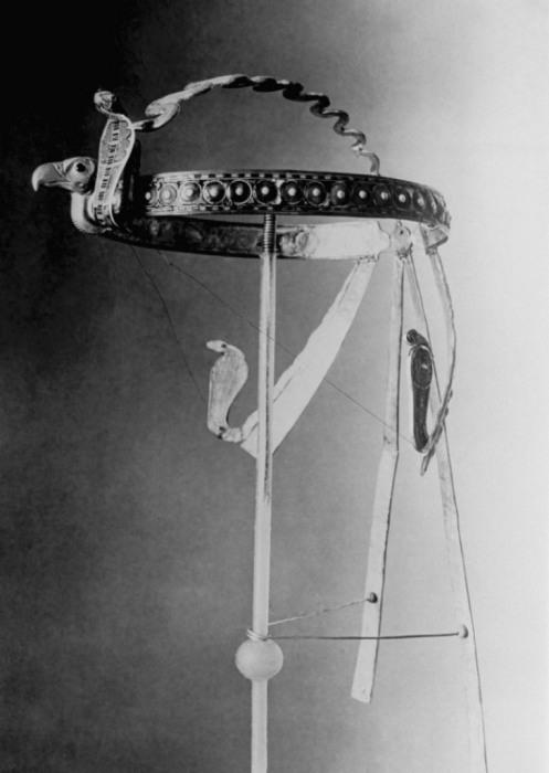 Головной убор, найденный во время раскопок в Каире в 1920-х годах.