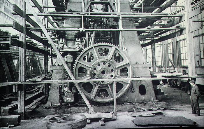 Фрагмент паровой машины Титаника на момент строительства.